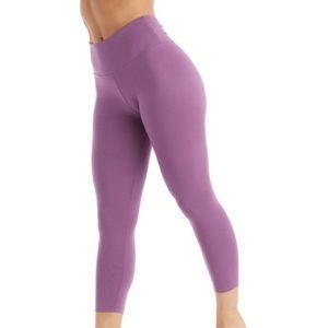 {BalanceCollection} leggings